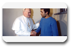 Vign2_Jean_Paul_II_Ali_Agca_all